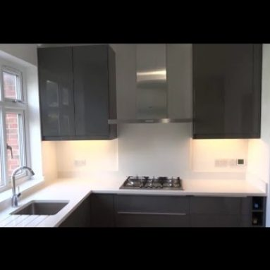 Complete DIY Kitchen Makeover / Renovation / Ikea kitchen / Underfloor heating / Quartz worktop