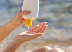 Best Biodegrable Sunscreen – Be Kind To Your Skin and The Earth