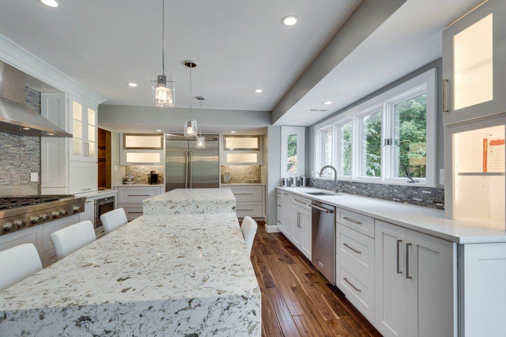 Custom Kitchen Cabinets and Kitchen Renovations -